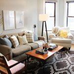Bosan dengan dekorasi ruang tamu? Ikuti beberapa tips untuk idea hiasan ruang tamu ini!